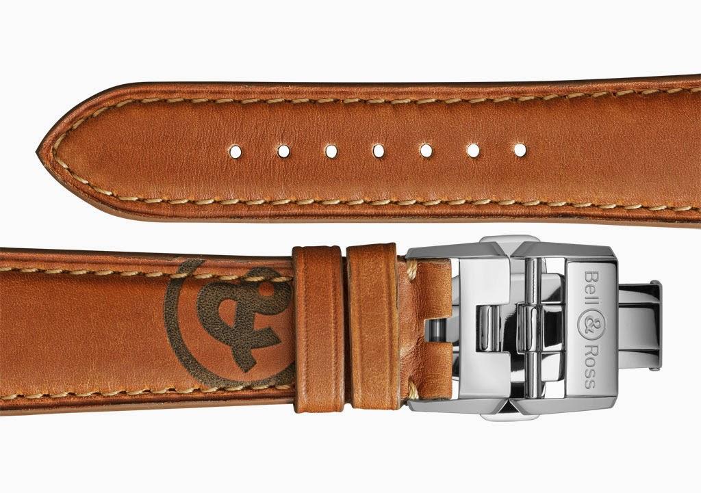 Bell&Ross-Vintage-BR-126-Heritage-GMT-Flyback-clasp